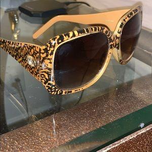 Steve Madden tortoise sunglasses square brown